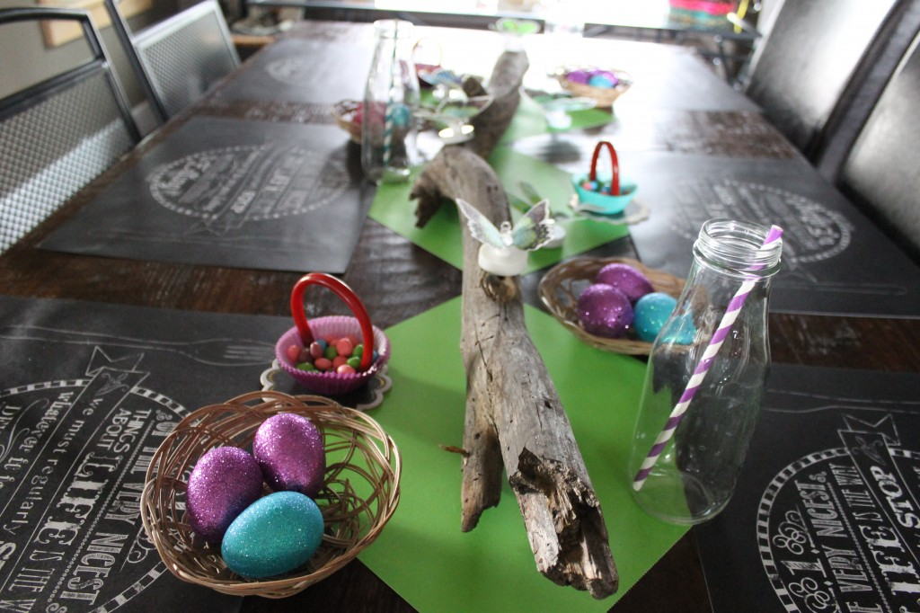 easter2 table2014