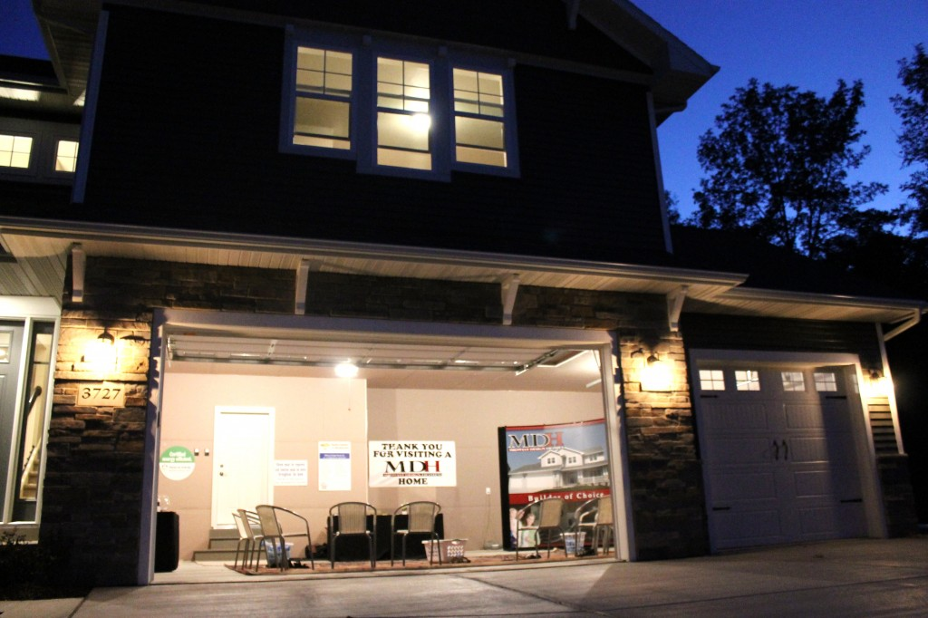 MO ext night