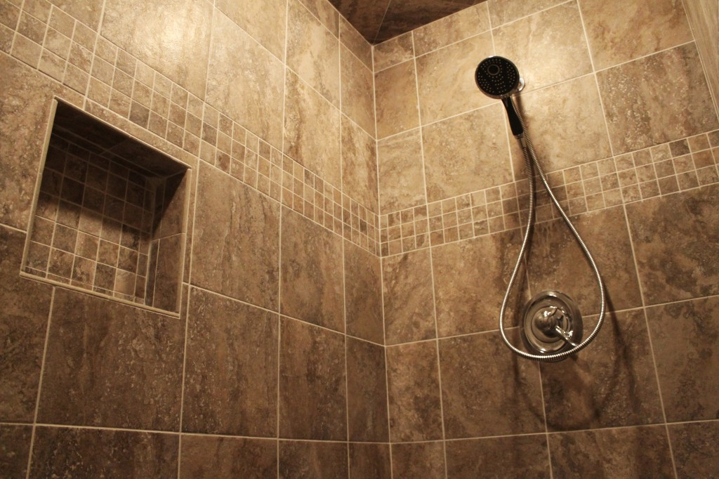 MO tile shower