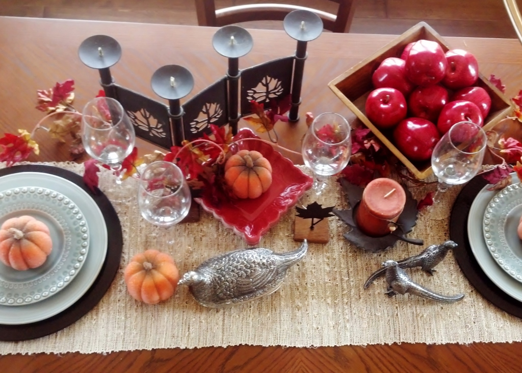 red tablesetting