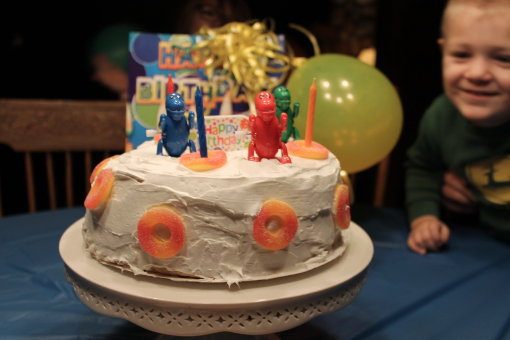 fun 3-year old cake