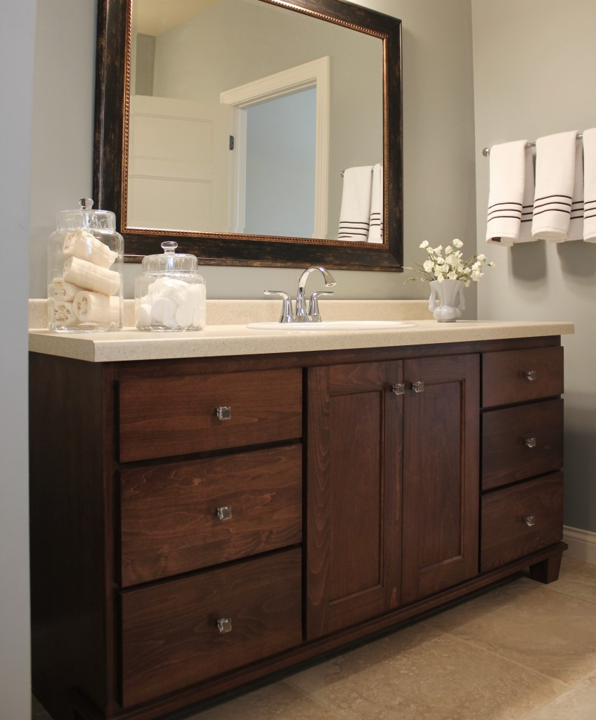 maple vanity with furniture feet