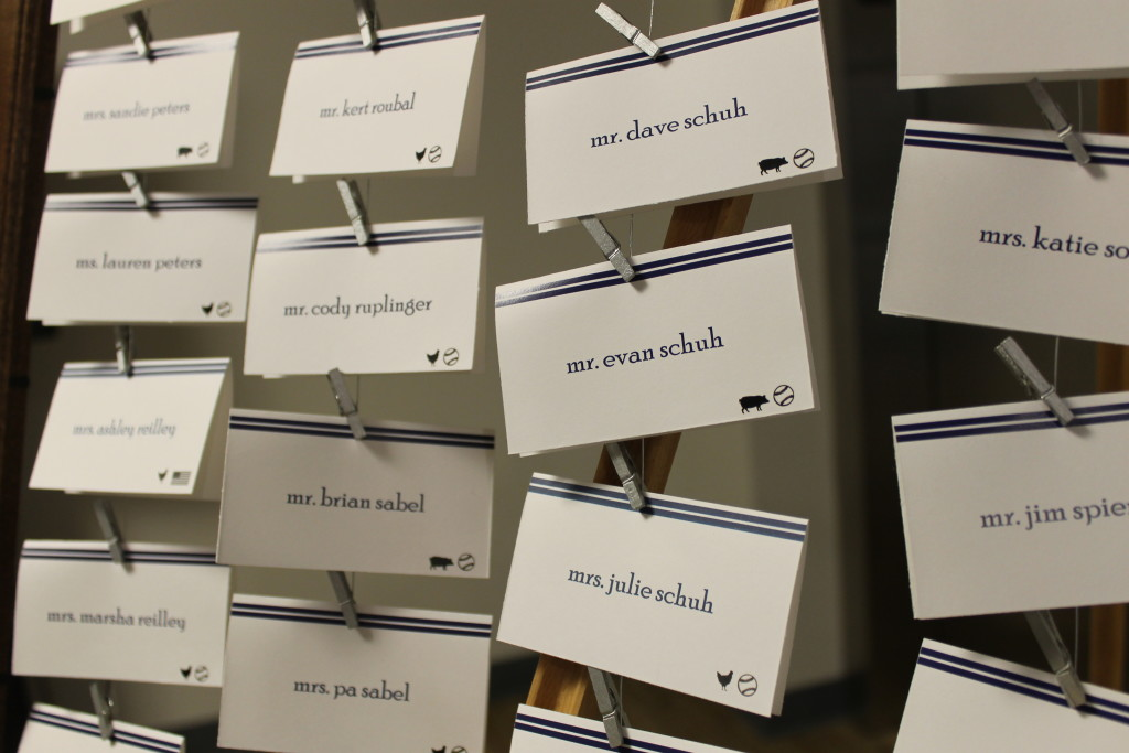 wedding name cards on wire in frame2