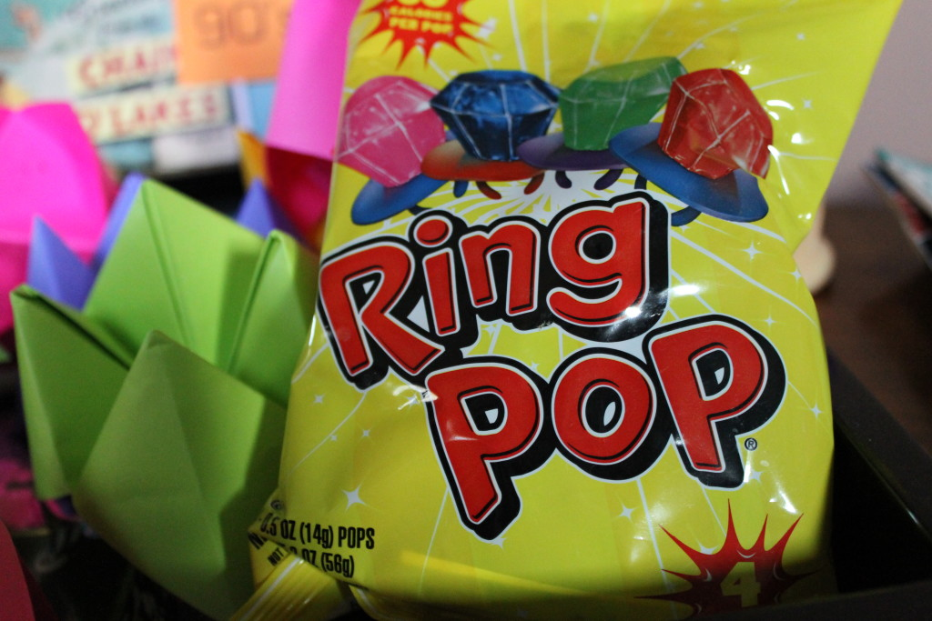 ring pops at 90's party