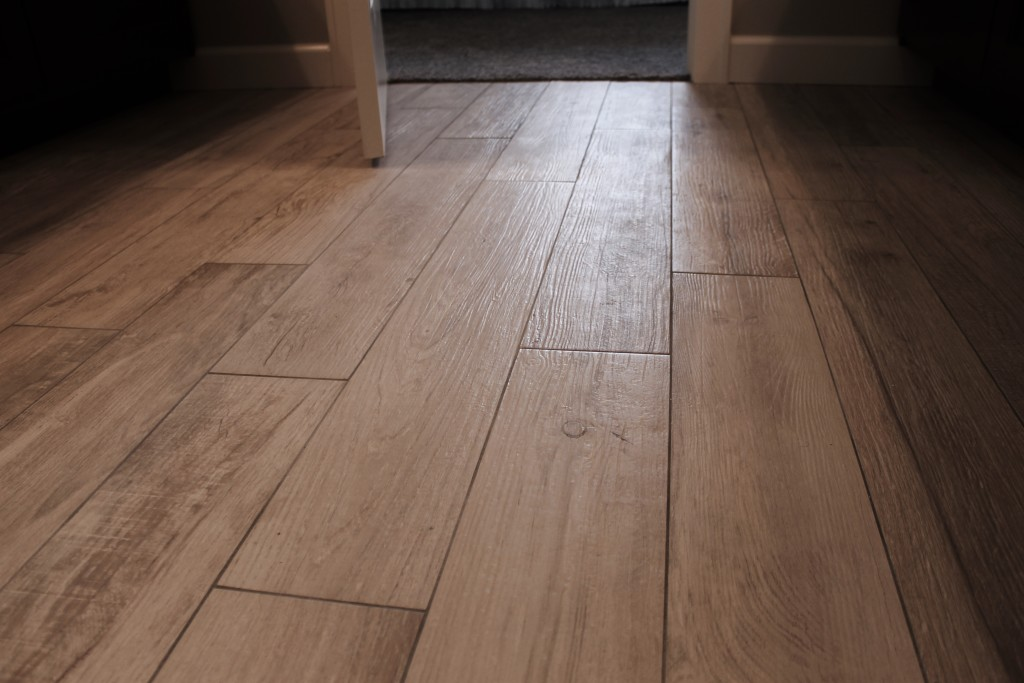 wood-look ceramic tile floor maple on prescott