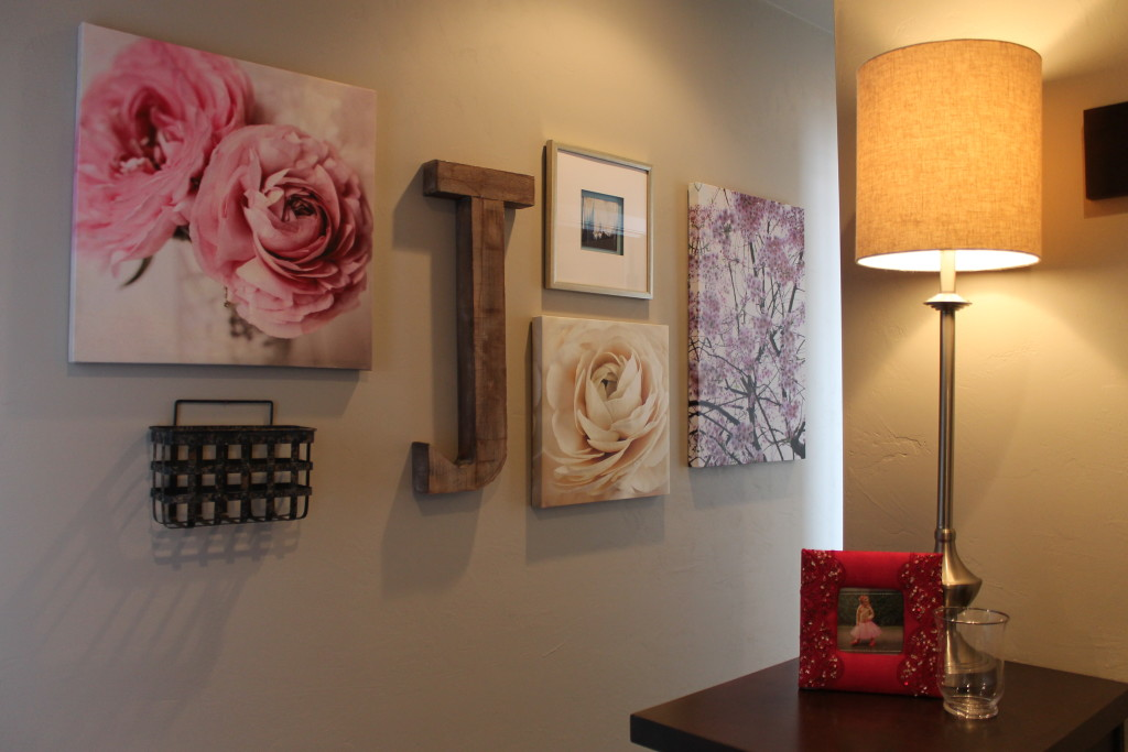 gallery wall in pink