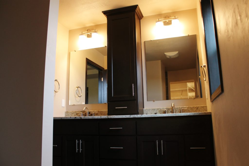 5328 master bath with tall linen dividing sinks