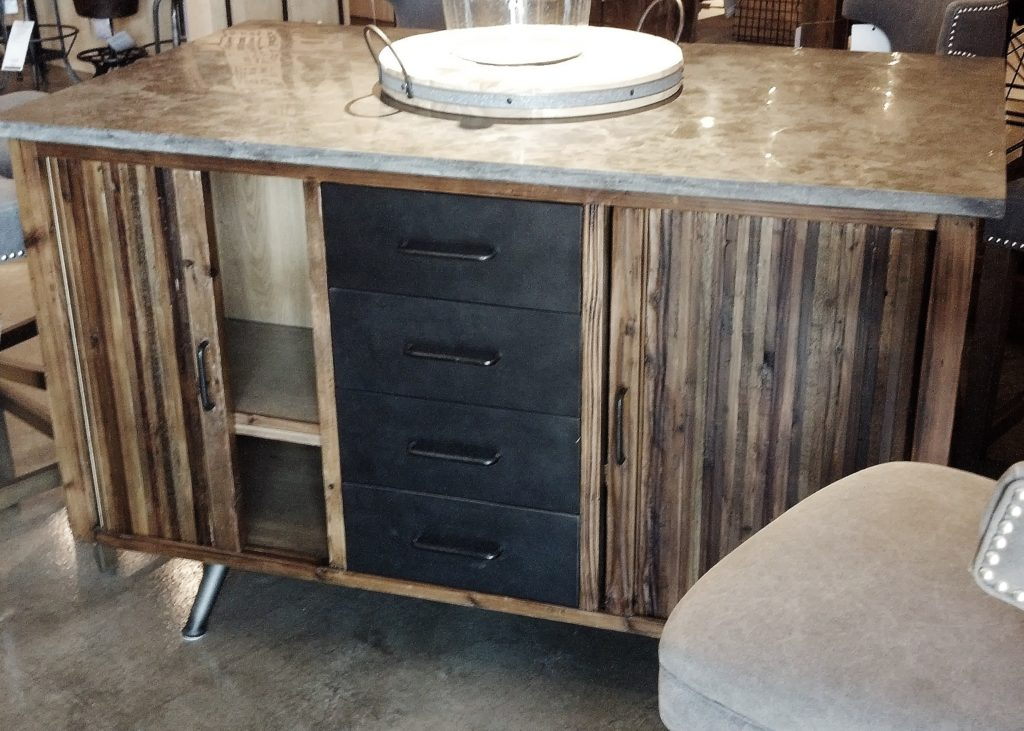 furniture piece island at august haven in green bay