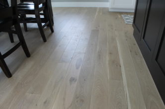 light colored floors at parade house 2016