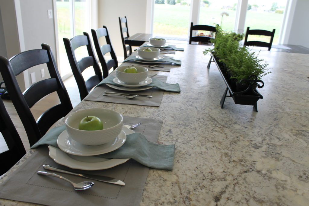 Dining Room Table Settings For Staging