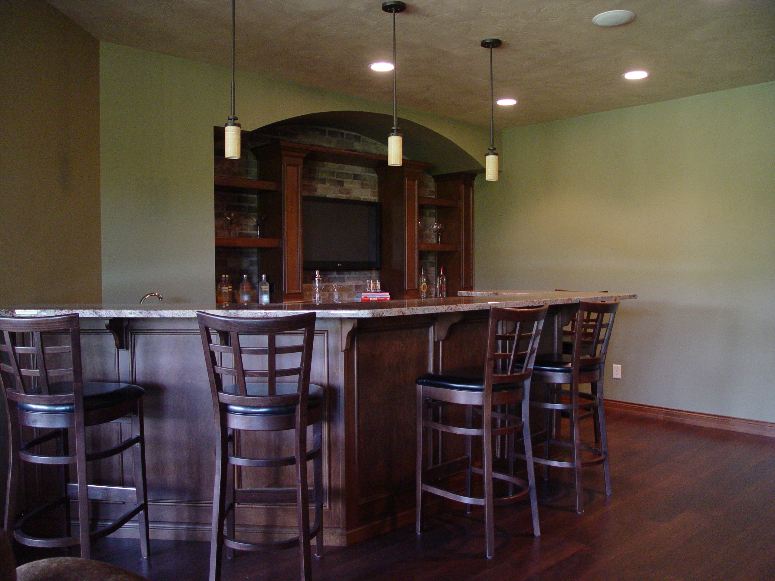 Formal Wrap Around Bar With Brick Inset Back