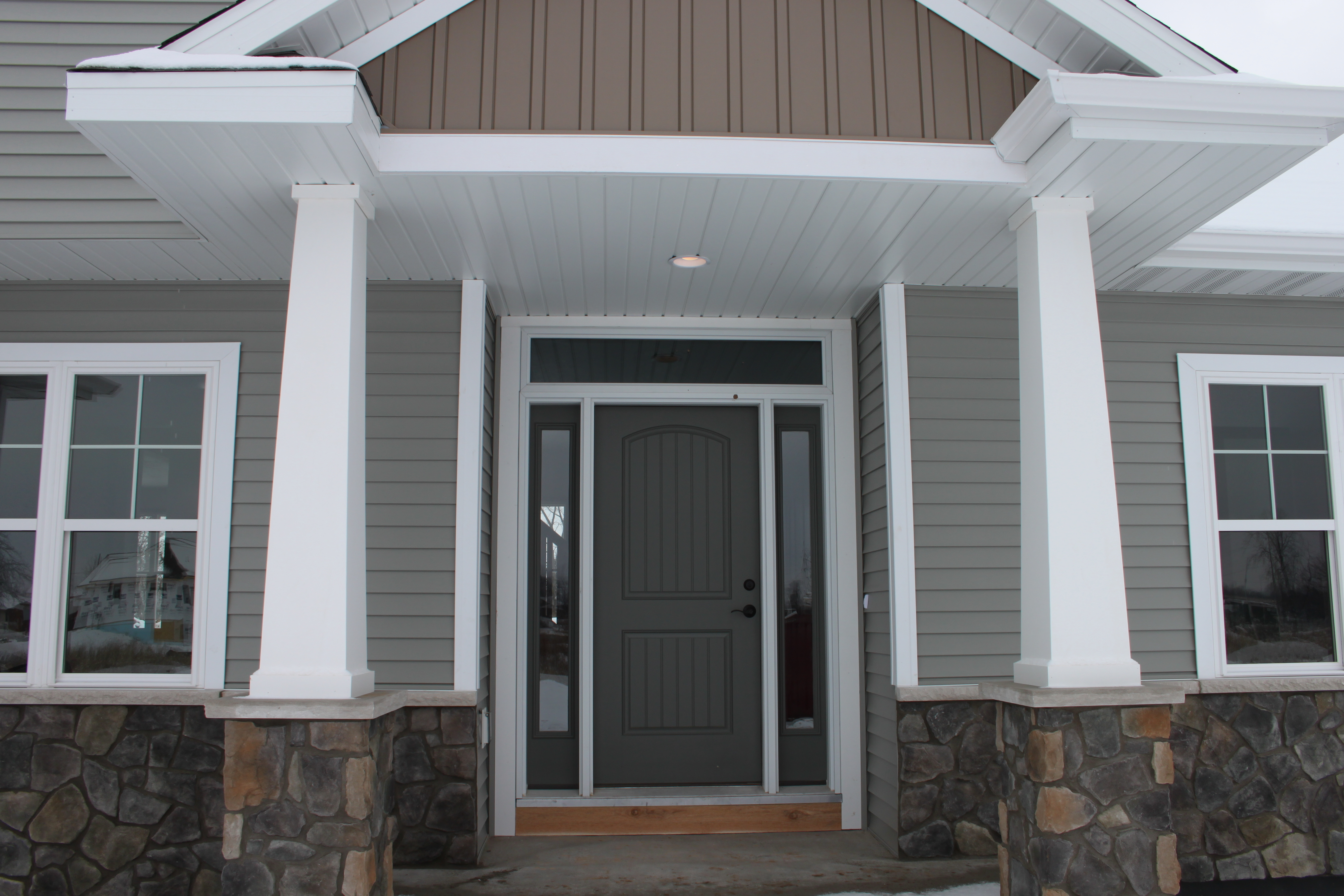 How to choose a color for your front door katie jane - What color door goes with gray house ...