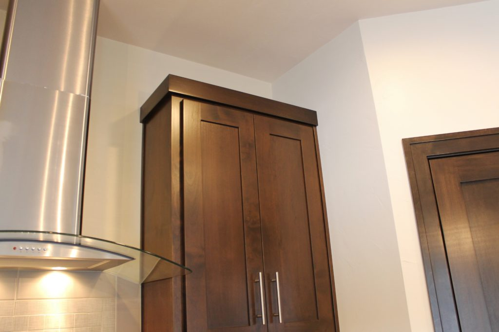 How To Choose Crown Molding For Kitchen Cabinets